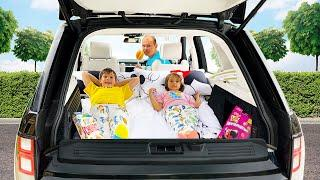 Провели Целый день у папы в машине Макс и Катя